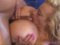 Her large tits go up and down feature