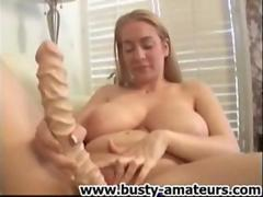 Kalis dildoing her shaved pussy