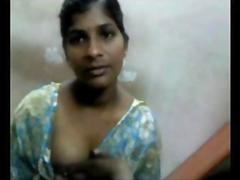 Indian Tamil office girl exposing her tits to coworker in canteen break