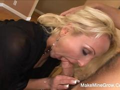 Hot MILF Niled In Her Ass