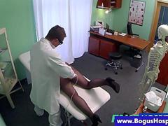 Real patient gets pussy examination