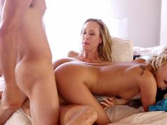 Brandi Love and Dakota Skye threesome