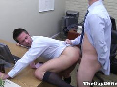 Officehunk assfucks receptionist over desk