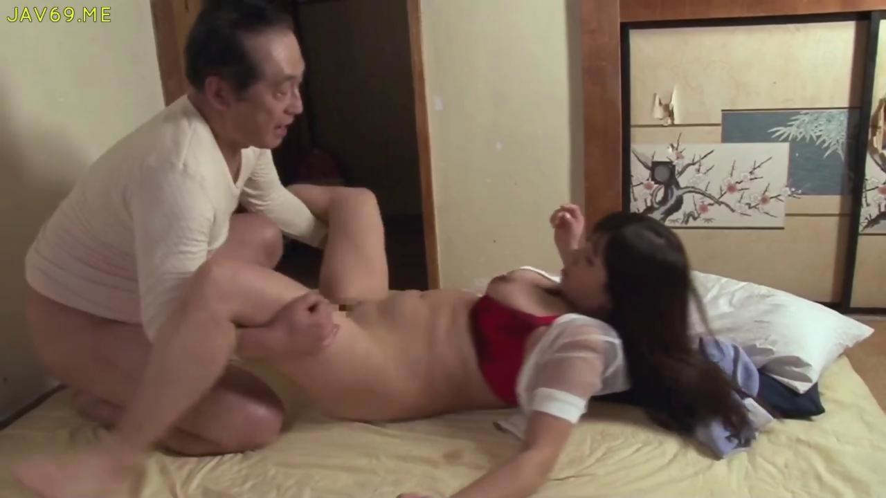 After her masturbation seance she pleases the generals flag 7