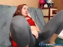High petite redhead squirting in yogapants