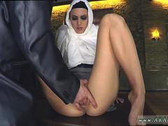 Arab slave Hungry Woman Gets Food and Fuck