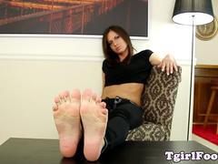 Feet loving tranny shows off her pedicure