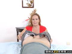 Brazzers - Mommy Got Boobs - Elexis Monroe and Sean Lawless - A Hard Pill To Swallow