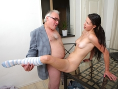 Simonas first time blowjob on her tricky old teacher