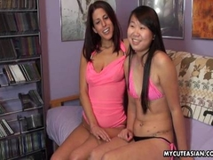 Cute Asian bimbo gets licked then returns the favor